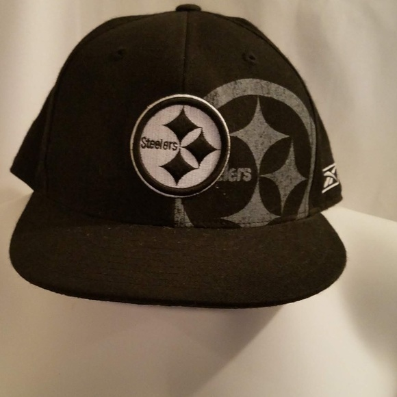 Other - NWOT Black & White Pittsburgh Steeler Hat